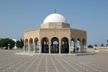 mausoleum: Mausoleum of Habib Bourgiba, the first President of the Republic of Tunisia