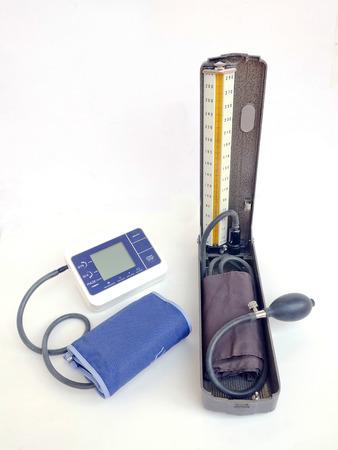 la presión arterial aislada en blanco Foto de archivo