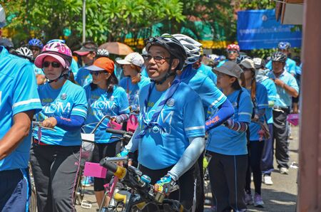 respected: LAMPHUN AUGUST 16 : Unidentified Cyclist in Bike for mom event, event show respected to Queen of Thailand by the participant cycling, on August 16, 2015, Lamphun, Thailand. Editorial