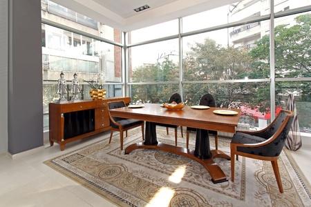 Luxury wooden dinning table in modern interior Stok Fotoğraf - 12418848