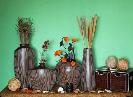 Large set of home decor accessories with flower decoration Stok Fotoğraf - 14857487