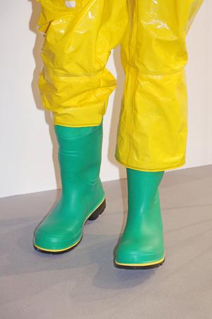 Rubberen laarzen en broeken die worden gebruikt in de visserijsector