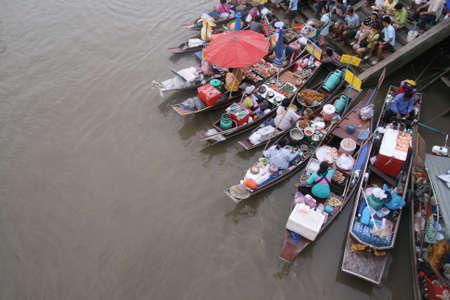 floating market: floating market in thailand
