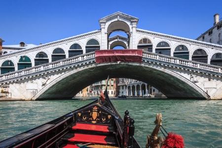 view from gondola to Rialto bridge in Venice Stock Photo - 16666389