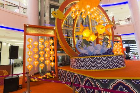 spur: KUALA LUMPUR,20 JANUARY 2017. Chinese lantern decocation at hypermarket to spur CNY celebration.