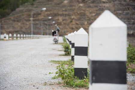 chilometro: a kilometer stone on the road Archivio Fotografico