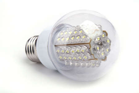 led lighting: Close up bombilla LED aislado en fondo blanco