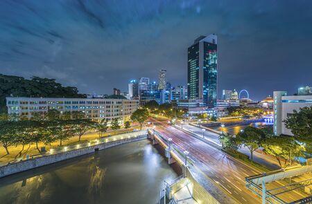 Singapore 's nachts bij Clarke Quay