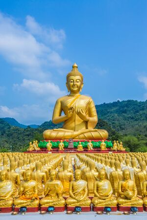 Buddha statue in thailand Stock Photo - 18657031