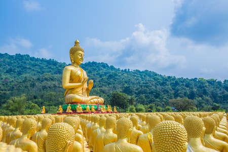 Buddha statue in thailand Stock Photo - 18648910
