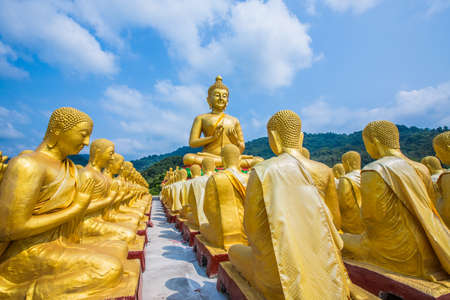 Buddha statue in thailand Stock Photo - 18656995