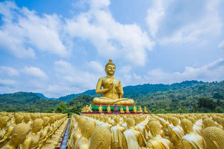 Buddha statue in thailand Stock Photo - 18656898