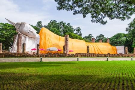 Sleep buddha at Khuninthapramul temple, Angthong, Thailand