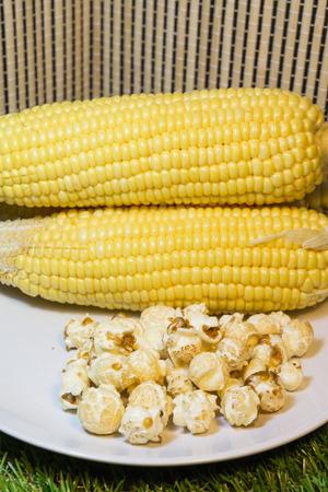 popcorn,Honey glazed roasted corn.