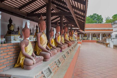 Wat MahaThat Ratchaburi An important historical site of Dvaravati. Travel Destinations History of Thailand Stock Photo