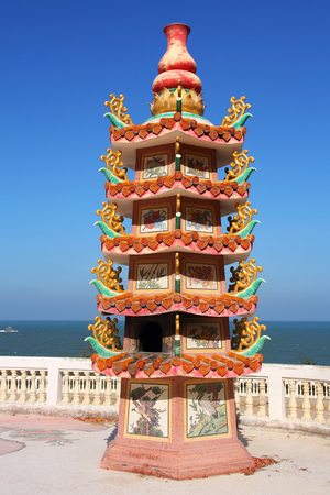 asian ancestry: Chinese Pagoda and sea view in Thailand
