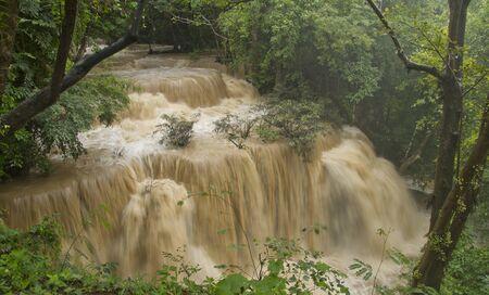 Huay Mae Khamin waterfall, Kanchanaburi Province, Thailand  版權商用圖片