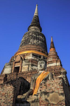 stu: ancient temple in Wat Yai Chai Mongkol after sunset