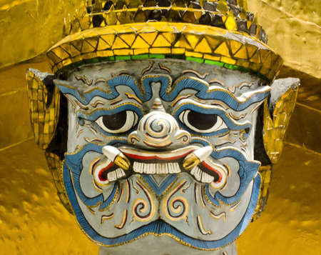 Face Guardian statue at the temple Stock Photo - 12722361