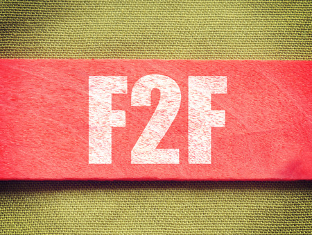 F2F - Face To Face. Internet Conceptt op achtergrond oude retro vintage stijl Stockfoto