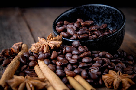 Coffee beans with cinnamon A mixture of popular drinks. Stock Photo