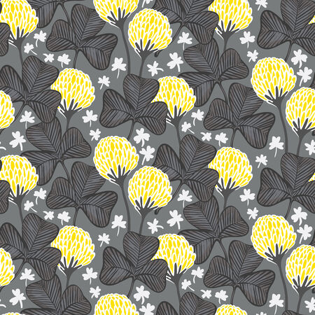 victorian wallpaper: Floral pattern with clover flowers and Victorian motifs.