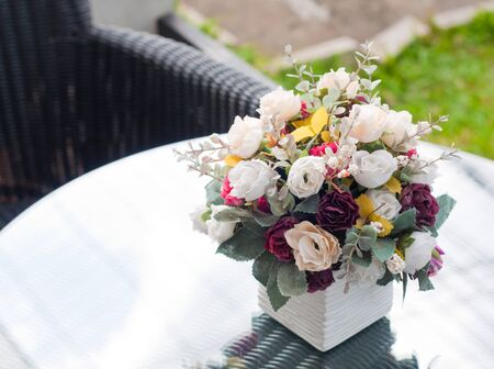 artificial flowers: decorative flowers on the table