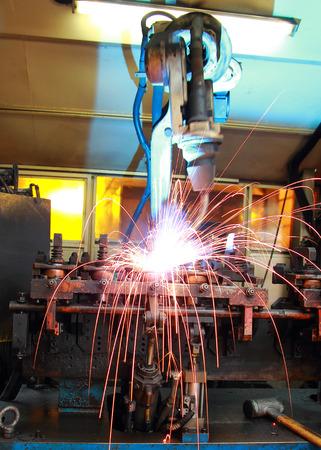 soldadura: Industria máquina de soldadura Robot Automotriz