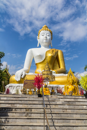 10  Jan  18 To bless the New Year.  At The Great Buddha, Wat Phra That Doi Kham. The landmark of the villagers. It is a respectful worship.Temple in Chiang Mai, Thailand