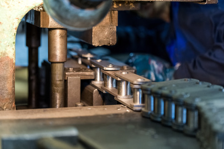 The Assembly of chains. Machine-building plant. The Assembly process of the product. Stok Fotoğraf