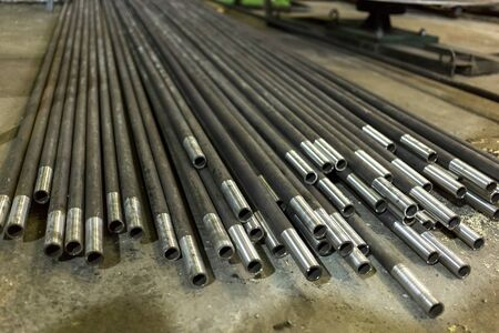Steel pipe, in stock. For wholesale, retail sale or for the manufacture of parts at the factory. One end honed.