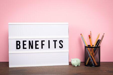 Voordelen. Carrière, verzekering, geldprijs en kansen