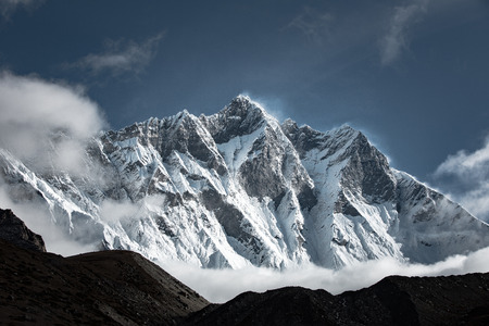 Lhotse mountain scenery