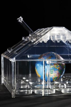 overheating: Globe in glass house