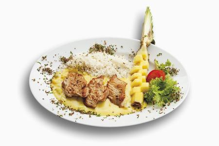 turkey hen: Turqu�a filete gallina con guarnici�n de arroz, pi�a y salsa de curry