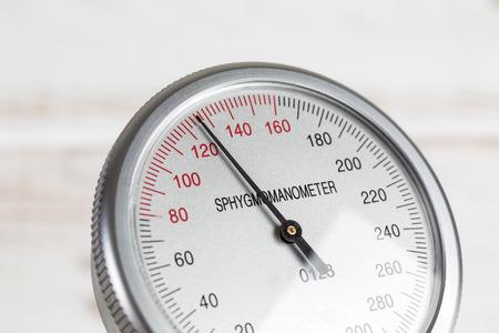 blood pressure gauge: Close up of blood pressure gauge Stock Photo
