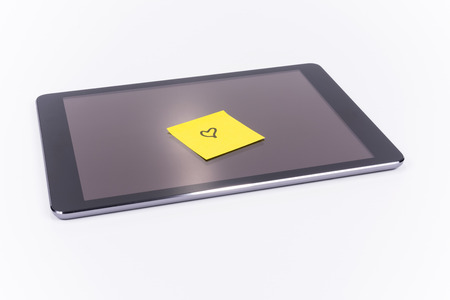 Tablet PC, Sticky note heart, love Standard-Bild