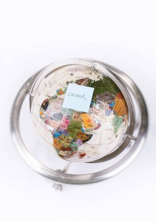 Globe, sticky note holiday