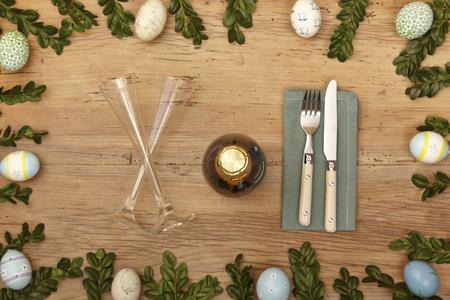 fork glasses: Easter decoration, champagne glasses, napkin, fork and knife