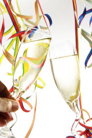 serpentinas: Dos Champagne glassess, serpentinas