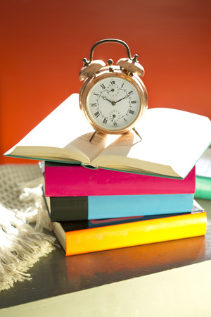 bedtime: Bedtime reading, alarm clock and books
