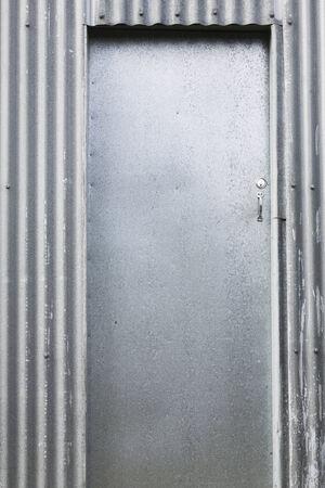 puerta de metal: Nueva Zelanda, puerta de metal, hierro corrugado