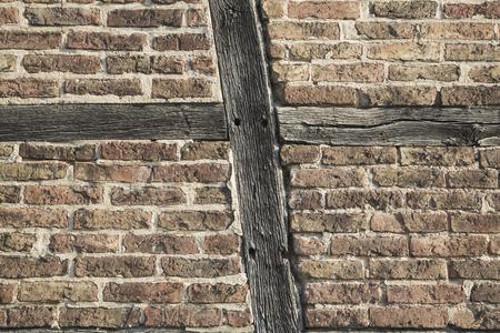 Germania, casa a graticcio, parete con mattoni e travi di legno