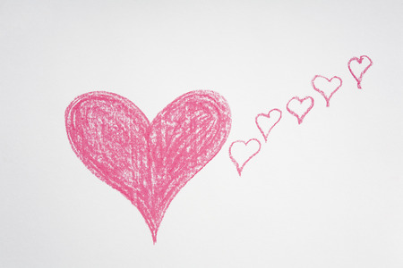 dessin craie: Coeurs roses dessin � la craie, peint � la main- Banque d'images