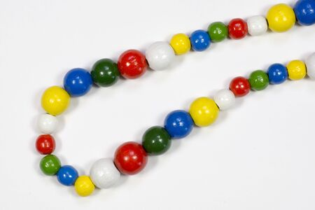 to tinker: Wood beads necklace