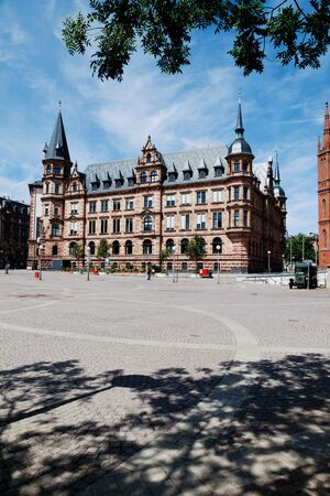 city square: Germany,Hesse,Wiesbaden,View of town hall with city square