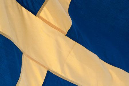 bandera de suecia: Primer plano de azul y amarillo de la bandera de Suecia