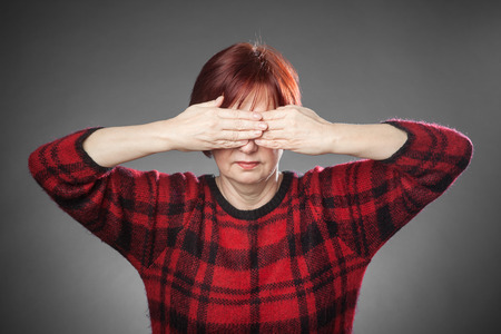 keep an eye on: Red-haired woman, Portrait, not looking