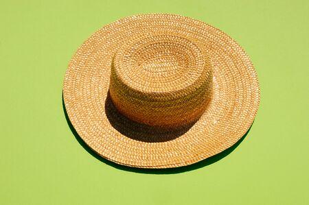 chapeau de paille: Chapeau de paille, tourné en studio