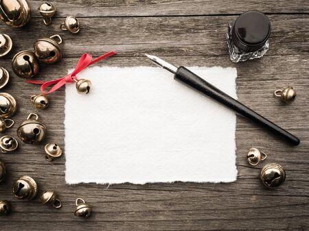 papier lettre: D�coration de No�l, carte, encrier, plume et cloches
